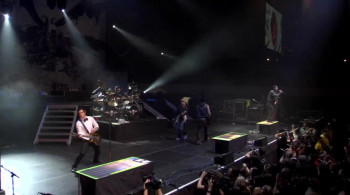 Avenged Sevenfold: Live in the L.B.C. & Diamonds in the Rough (2008) download