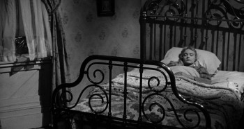 Curse of the Undead (1959) download