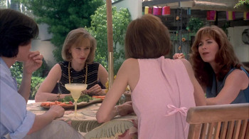 Live Nude Girls (1995) download