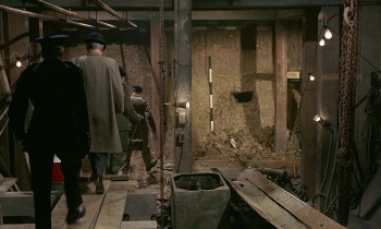 Quatermass and the Pit (1958) download