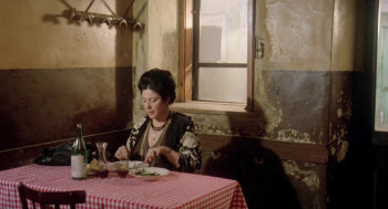 The Bloodstained Shadow (1978) download