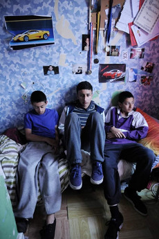 Three Brothers (2014) download