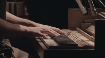 Tripping with Nils Frahm (2020) download