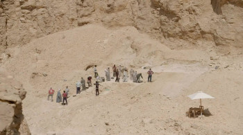 Valley of the Kings: The Lost Tombs (2021) download